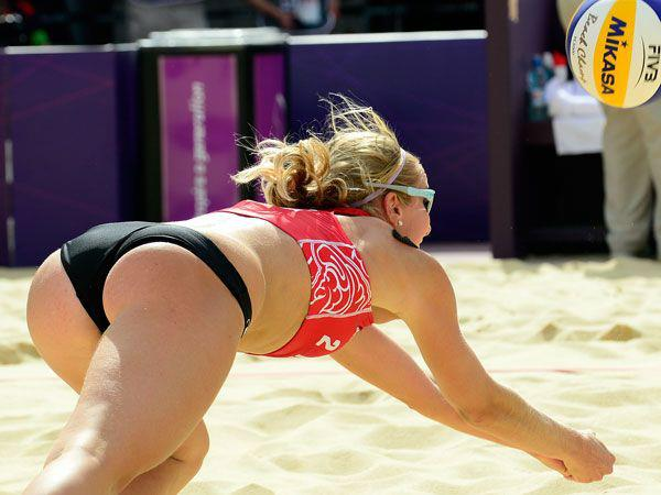 hot-girl-yoga-shorts-volleyball