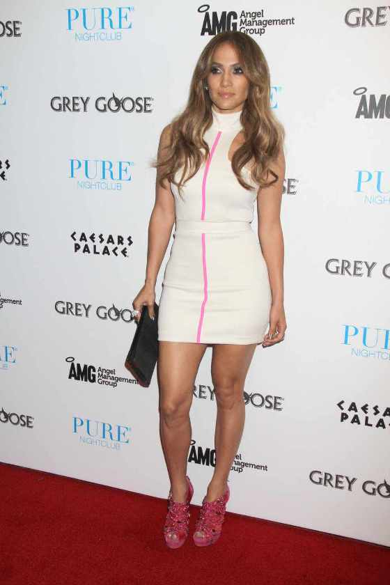 jennifer_lopez_white_mini_dres