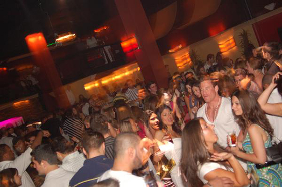 the-white-party-15