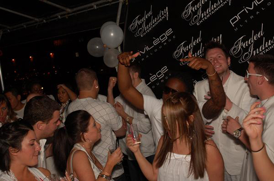 the-white-party-20