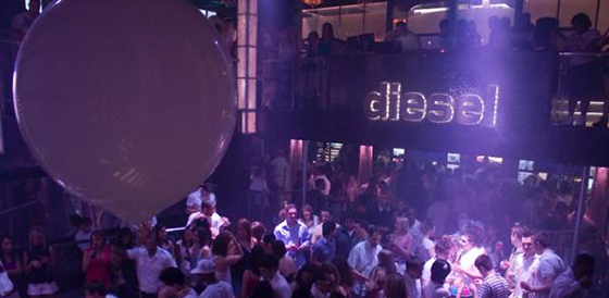 the-white-party-diesel-2010-9