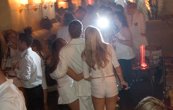 white-party-2007-12