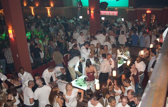 white-party-2007-15
