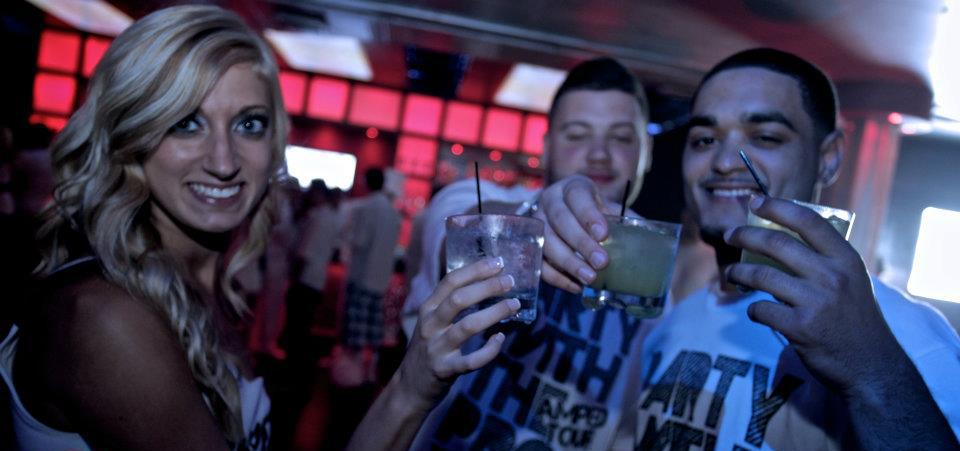 white-party-2011-13