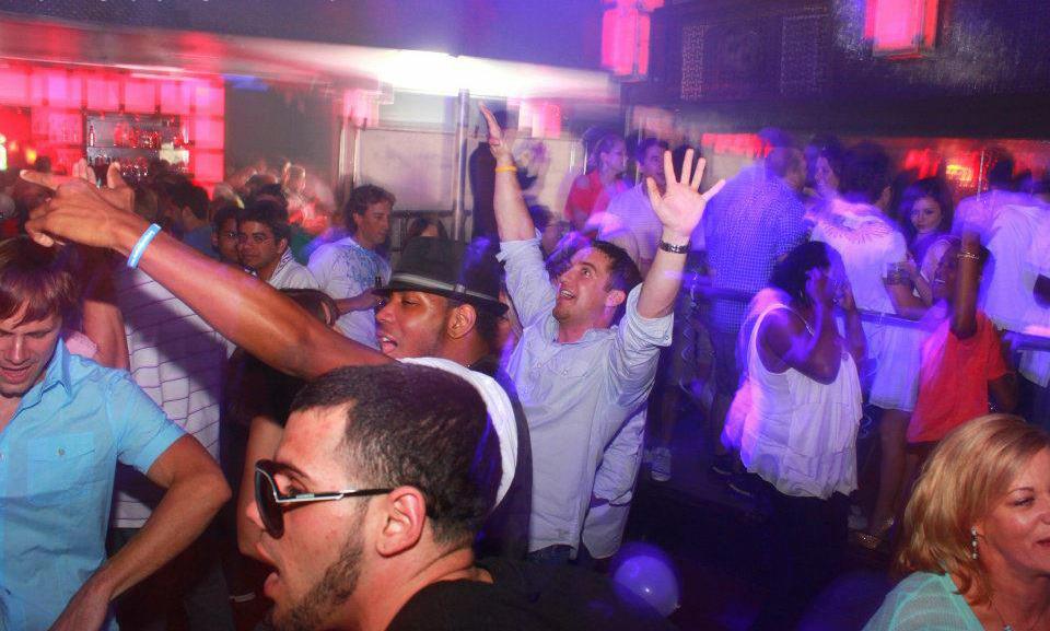 white-party-2012-1