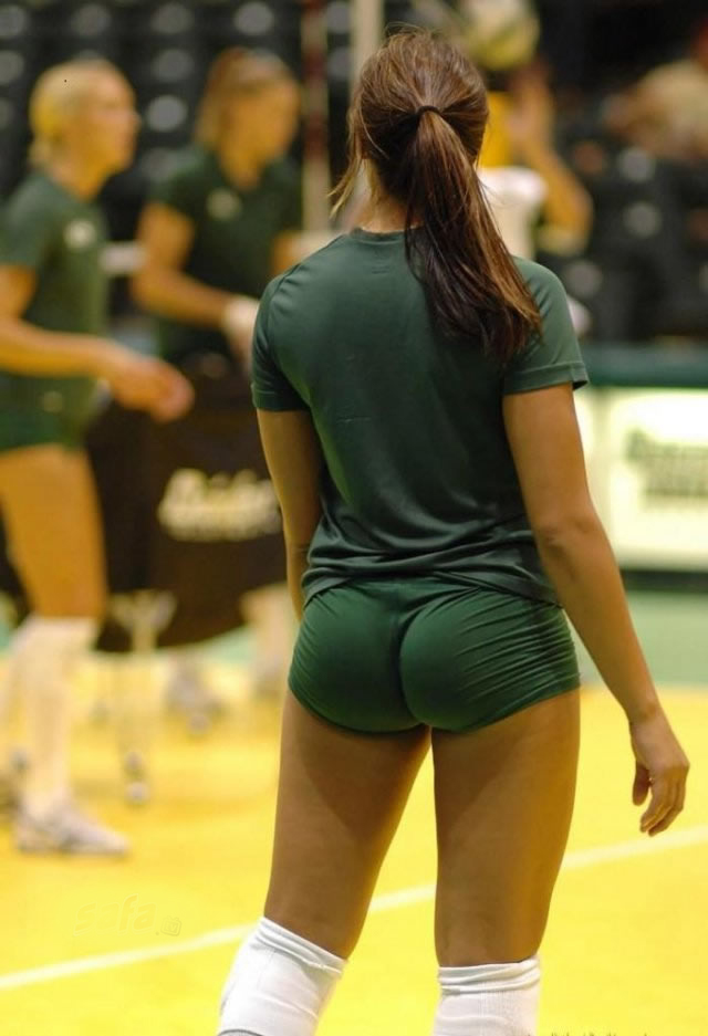 yoga-shorts-