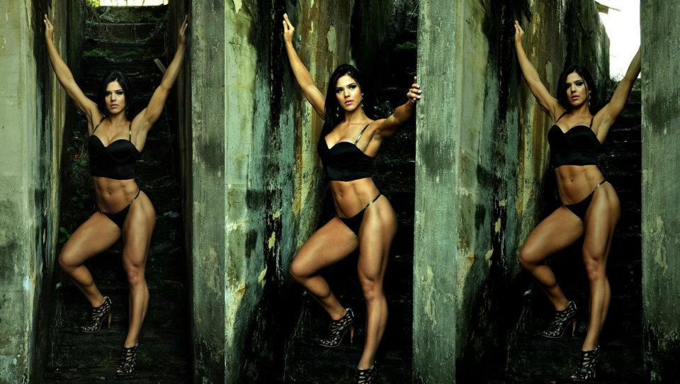 eva-andressa-three-pix