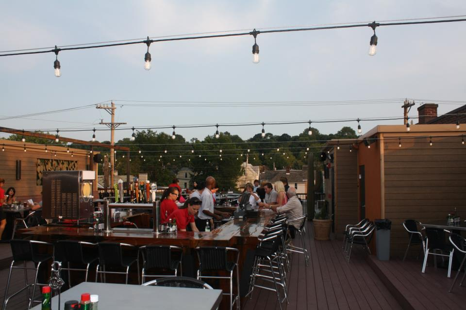 steel-cactus-pittsburgh-roof-top-bar