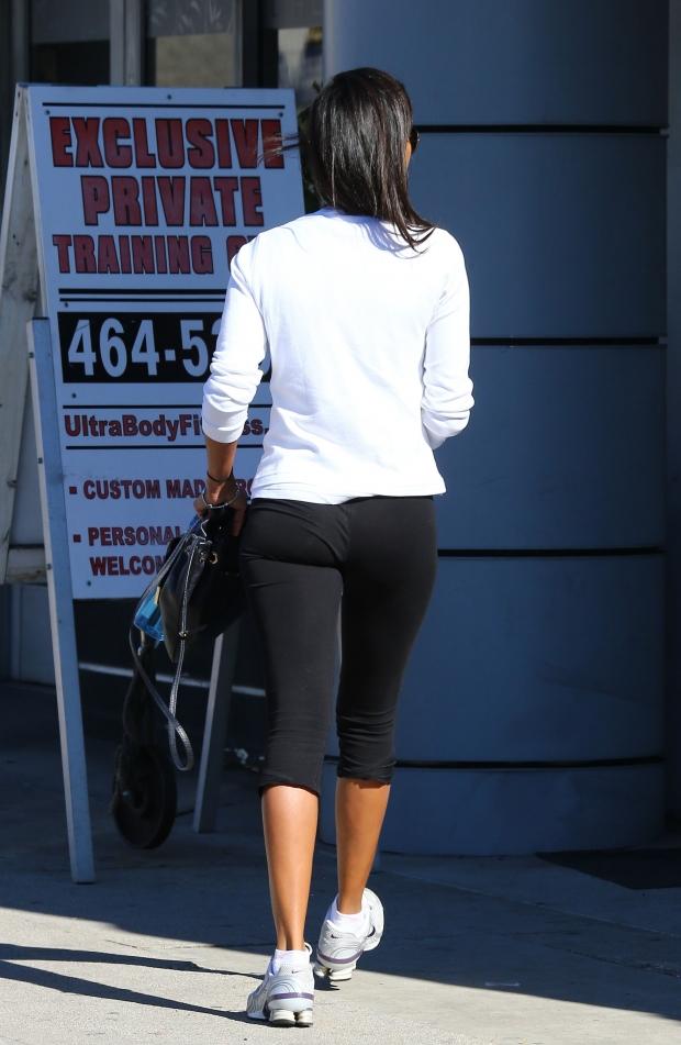 ariana grande wearing shorts
