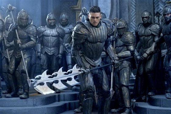 Karl-Urban-in-Chronicles-of-Riddick6
