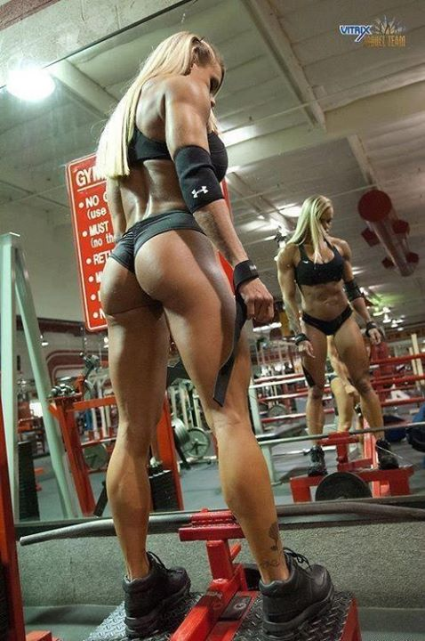 hot-girl-working-out-18