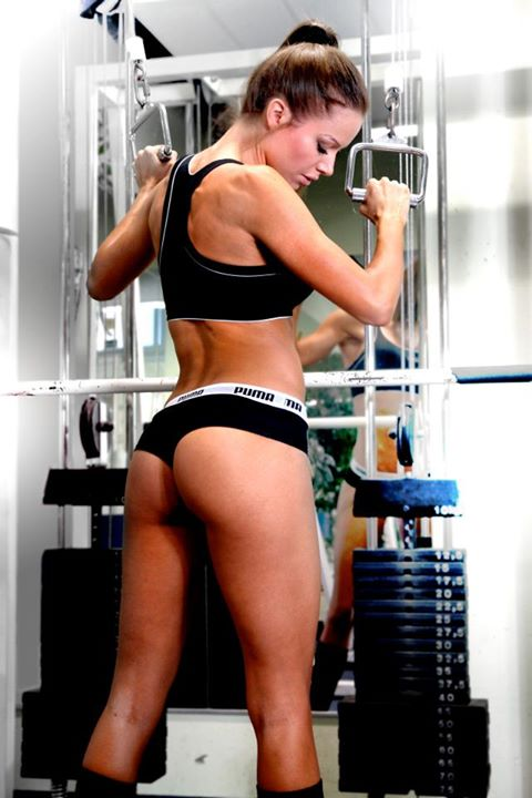 hot-girl-working-out-3