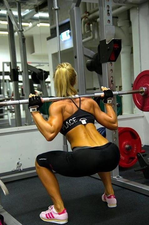 hot-girl-working-out-30