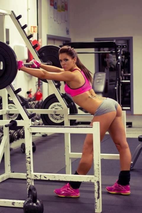 hot-girl-working-out-42