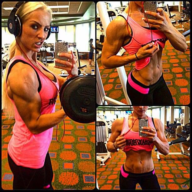 hot-girls-lifting-weights-7