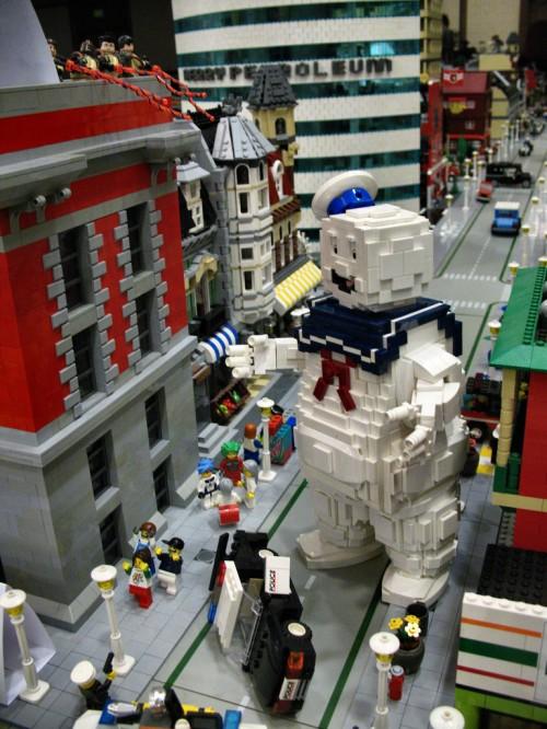 stay-puft-marshmellow-man-lego