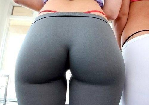 yoga-pants-grey-thong