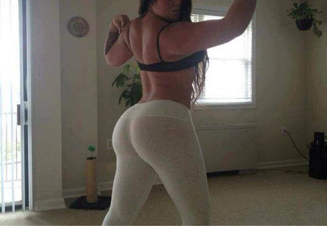 yoga-pants-white