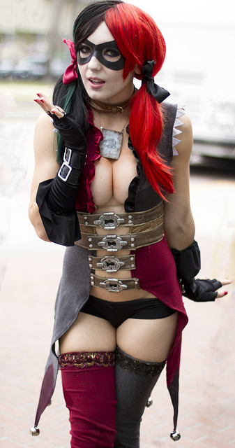 hot-harley-quinn-costume