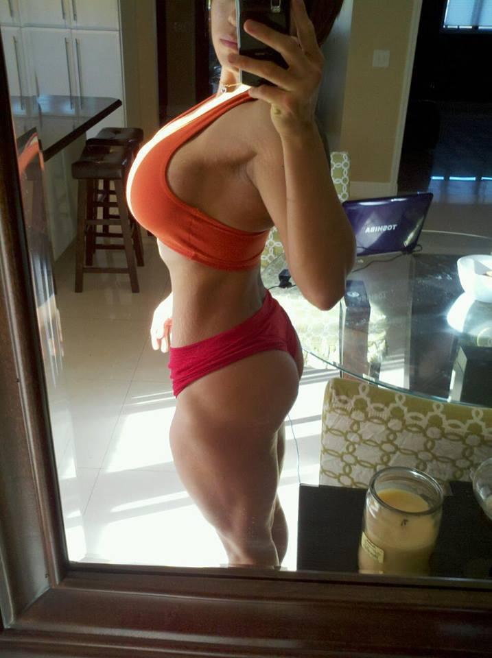 selfie-booty
