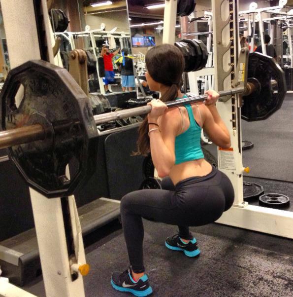 yea-jen-squats