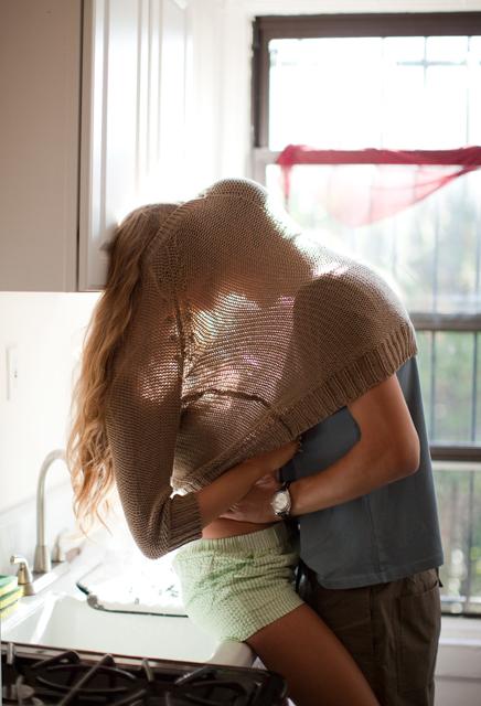 sweater_kiss