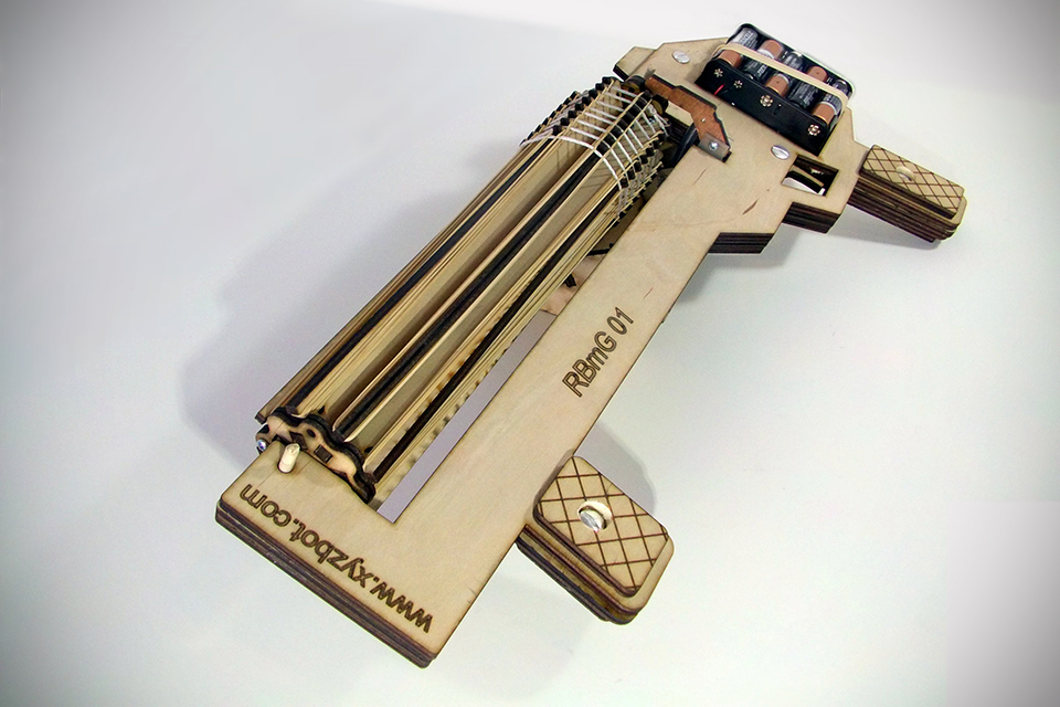 Rubber-Band-Machine-Gun-by-XYZbot-image-1