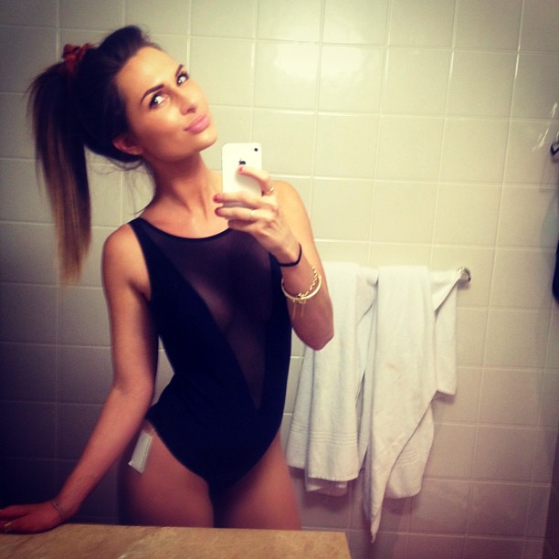 hot-selfie-arklerosanna