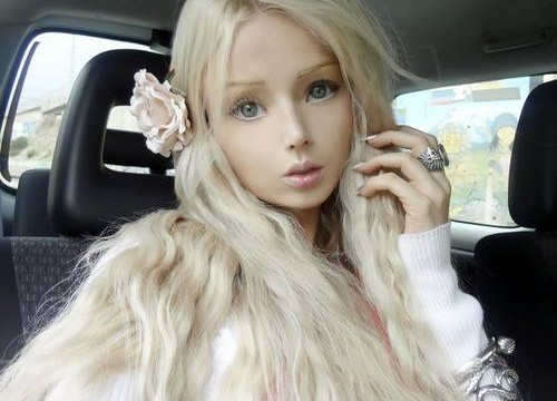 Valeria-living-doll08