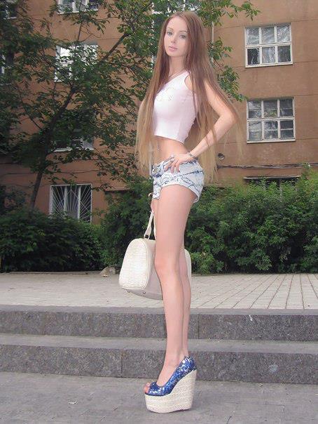 Valeria-living-doll15