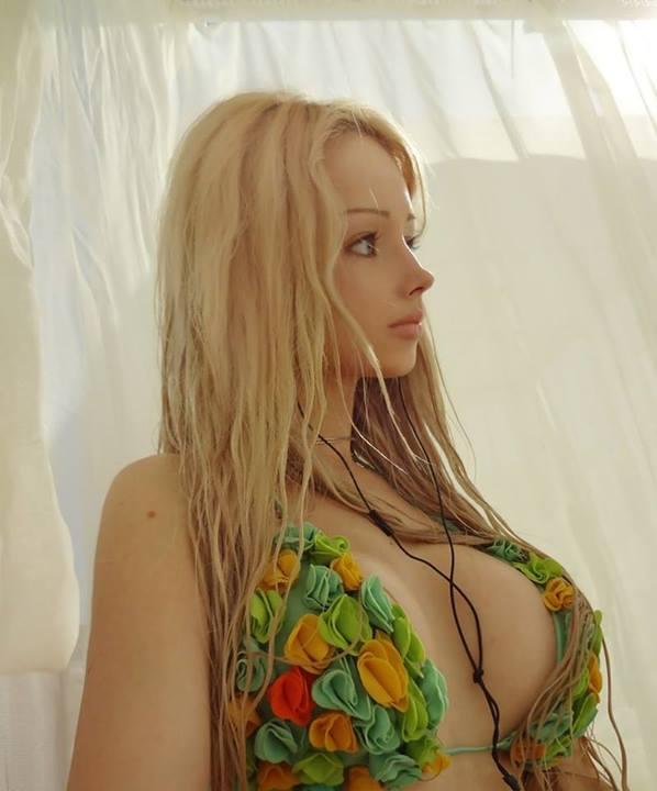 Valeria-living-doll22