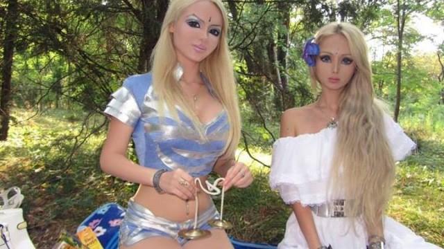 Valeria-living-doll26