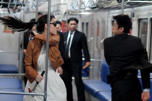 the-raid-2-berendal-subway-fight