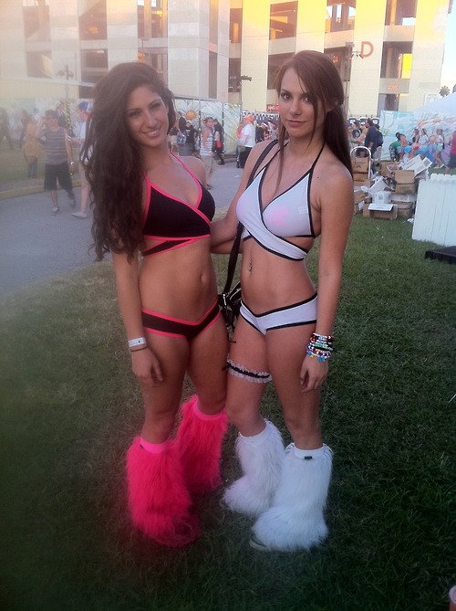 hot-edm-chicks
