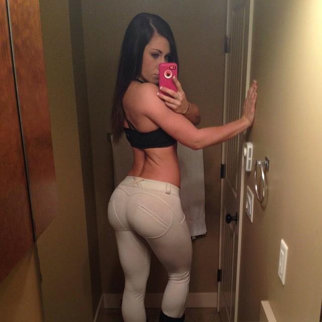 cr-booty