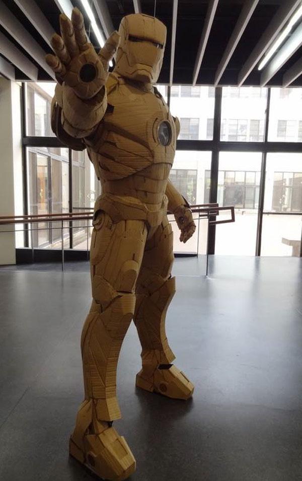 Cardb-Ironman-Suit