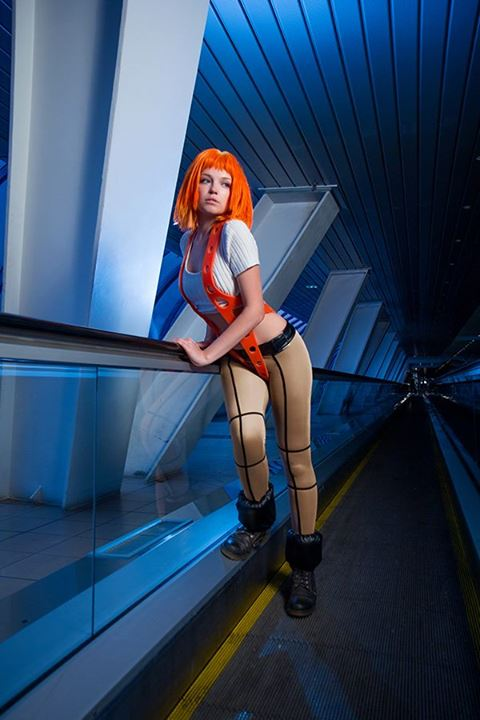 leeloo-fifth-element-cosplay